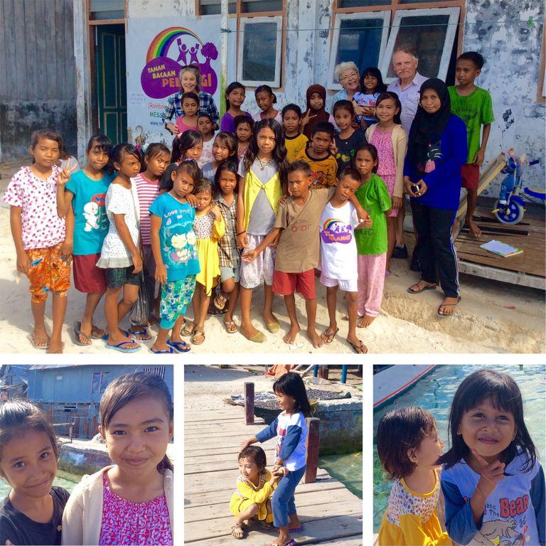 travelsparks_volunteer_trip_testimonial_03_children_village_library_768px